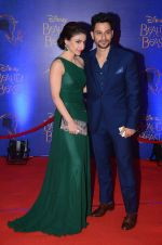 Soha Ali KHan, Kunal Khemu at Beauty and the Beast red carpet in Mumbai on 21st Oct 2015 (40)_5628c73fd0504.JPG