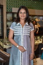Tejaswini Kolhapure at Mahesh Notandas store for festive collection launch on 23rd Oct 2015 (87)_562cca34b42da.JPG