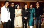 jeetu shankar,sameer sen,ritu johri,pankaj udhas,roop kumar rathod & talat aziz released ghazal album Perception in Alamode Banquets,Juhu on 25th Oct 2015_562e19740619b.jpg