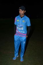 Indraneil Sengupta at Mumbai Heroes corporate cricket match in Santacruz on 26th Oct 2015 (14)_562f7b3f88b51.JPG