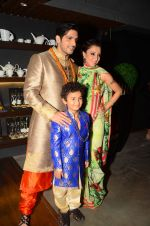 Zayed Khan walks for Amy Billimoria charity show in Juhu, Mumbai on 26th Oct 2015