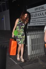 Suzanne Khan on a girly dinner in Hakassan on 27th Oct 2015 (18)_563091e0887a0.JPG