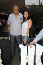 Kajal Aggarwal snapped at airport on 28th Oct 2015