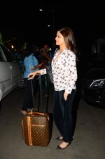 Shamita Shetty snapped at airport on 28th Oct 2015