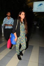 Shweta Pandit snapped at airport on 28th Oct 2015