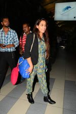 Shweta Pandit snapped at airport on 28th Oct 2015 (17)_5631d66d18486.JPG