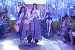 Divya Khosla Kumar walk the ramp for Babita Malkani Show at Gionee india beach fashion week day 1 on 29th Oct 2015