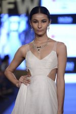 Model walk the ramp for Moni Aggarwal show on day 3 of Gionee India Beach Fashion Week on 31st Oct 2015