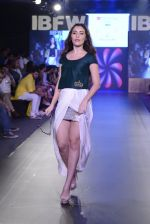 Model walk the ramp for Urvee Adhikari show on day 3 of Gionee India Beach Fashion Week on 31st Oct 2015