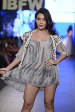 Model walk the ramp for Zeel Doshi Thakkar show on day 3 of Gionee India Beach Fashion Week on 31st Oct 2015