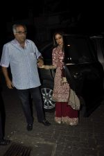 Sridevi, Boney Kapoor at Karva chauth celebrations at Anil Kapoors residence on 30th Oct 2015 (61)_5634f3b7cb914.JPG
