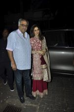 Sridevi, Boney Kapoor at Karva chauth celebrations at Anil Kapoors residence on 30th Oct 2015 (67)_5634f3ba581f1.JPG