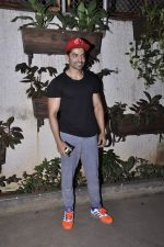 Gurmeet Choudhary at Movie screening at Sunny Super Sound on 31st Oct 2015