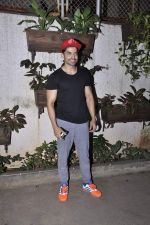 Gurmeet Choudhary at Movie screening at Sunny Super Sound on 31st Oct 2015 (60)_5636026e284c8.JPG