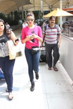 Jacqueline Fernandez snapped at airport on 1st Nov 2015