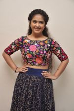 Avika Gor Photoshoot on 2nd Nov 2015 (17)_56385373083d5.JPG