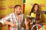 Salman Khan and sonam Kapoor promote Prem Ratan Dhan Payo at radio mirchi on 2nd Nov 2015