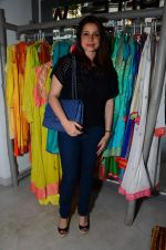 Neelam Kothari at Twinkle Khanna_s home decor brand The White Window on 3rd Nov 2015 (20)_5639c33c661ea.JPG