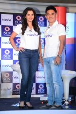 Saina Mirza and Sunil Chetri at Volini press meet on 3rd Nov 2015 (81)_5639c414d3b88.JPG