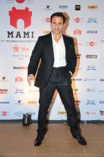 Saif Ali Khan at MAMI Closing ceremony on 5th Nov 2015 (52)_563ca54dc680a.JPG