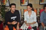 Deepika Padukone, Ranbir Kapoor at Tamasha promotions on 6th Nov 2015 (48)_563de48d60fa7.JPG