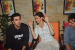 Deepika Padukone, Ranbir Kapoor at Tamasha promotions on 6th Nov 2015 (51)_563de48f3f03a.JPG