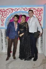 Aanchal Kumar at Sachin Joshi_s diwali bash on 7th Nov 2015 (95)_563f712f32dc2.JPG