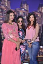Mahima Chaudhry at Town Centre launch on 8th Nov 2015 (47)_56404ef54d7ed.JPG