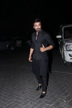 Aashish Chaudhary at manish malhotra_s diwali bash on 10th Nov 2015 (32)_56437e852dd25.JPG