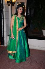 Divyanka Tripathi at Ekta Kapoor Diwali bash on 10th Nov 2015 (143)_56437f8e4944d.JPG
