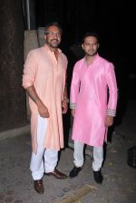 Vatsal Seth  at manish malhotra_s diwali bash on 10th Nov 2015 (3)_56437f12aa26f.JPG