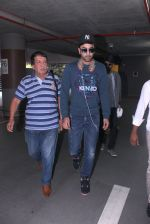 Ranbir Kapoor snapped at airport on 13th Nov 2015