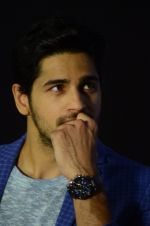 Sidharth Malhotra snapped at an event on 16th Nov 2015