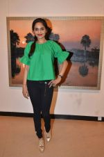Madhoo Shah at art exhibition launch with Bindu Kapoor of Yes Bank on 18th Nov 2015