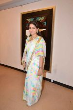 Shaina NC at art exhibition launch with Bindu Kapoor of Yes Bank on 18th Nov 2015