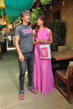 Bipasha Basu and Milind Soman at Pinkathon on 19th Nov 2015 (33)_564ed526ce4b0.JPG