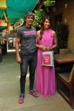Bipasha Basu and Milind Soman at Pinkathon on 19th Nov 2015 (35)_564ed527a421b.JPG