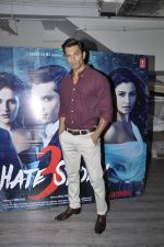 Karan Singh Grover at Hate Story 3 interviews on 19th Nov 2015 (17)_564ed5d86361b.JPG