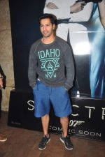 Varun Dhawan at spectre screening in Mumbai on 19th Nov 2015