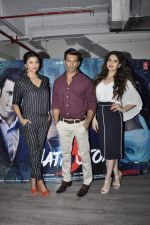 Zarine Khan, Daisy Shah, Karan Singh Grover at Hate Story 3 interviews on 19th Nov 2015