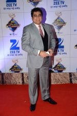 Ayub Khan at Zee Rishtey Awards in Mumbai on 21st Nov 2015 (273)_56515daa6ee15.JPG
