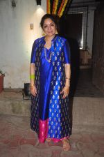 Neena Gupta at Masaba_s mehendi on 21st Nov 2015 (14)_565148014a762.JPG