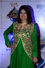 Resham Tipnis at Zee Rishtey Awards in Mumbai on 21st Nov 2015 (114)_56515e97711b6.JPG