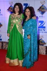 Resham Tipnis at Zee Rishtey Awards in Mumbai on 21st Nov 2015 (118)_56515e9b9d7f3.JPG