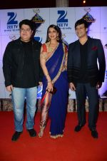 Sajid Khan, Sonali Bendre, Vivek Oberoi at Zee Rishtey Awards in Mumbai on 21st Nov 2015 (543)_56515eb941f8f.JPG