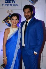 Shabbir Ahluwalia at Zee Rishtey Awards in Mumbai on 21st Nov 2015 (366)_56515ee34de46.JPG