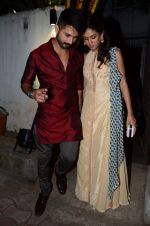 Shahid Kapoor, Mira Rajput at Masaba_s mehendi on 21st Nov 2015 (25)_5651486bb4efb.JPG