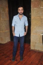 Siddhanth Kapoor snapped at Padmini_s Padmasita collection launch on 20th Nov 2015 (51)_56514acaec5d3.JPG