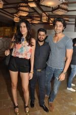 Sonalli Sehgall with Jayesh Khatri and Hanif hilal_56515d363263b.JPG