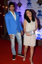 at Zee Rishtey Awards in Mumbai on 21st Nov 2015 (410)_56515ed7add93.JPG